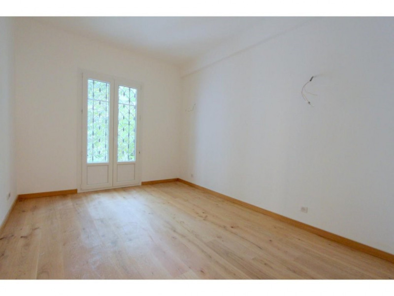 Sale apartment Nice 385000€ - Picture 3