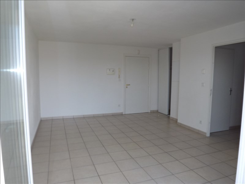 Location appartement Vendome 439€ CC - Photo 2