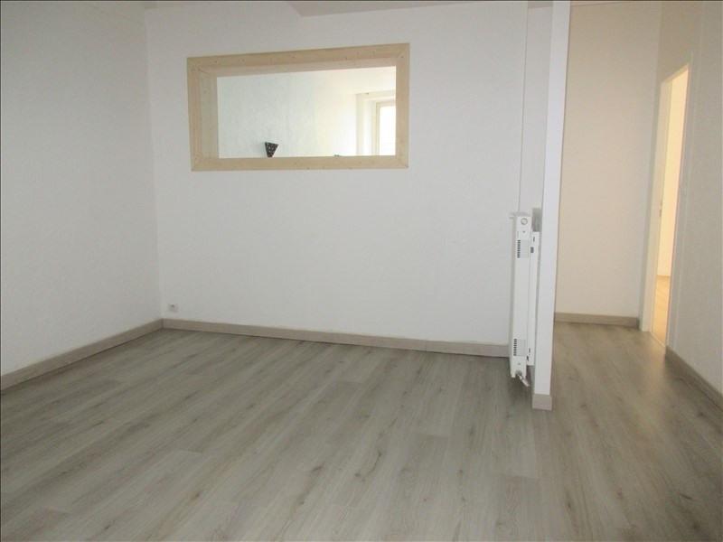 Verkoop  appartement Voiron 117000€ - Foto 4