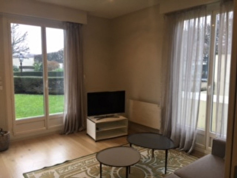 Location appartement Saint germain en laye 1 550€ CC - Photo 3