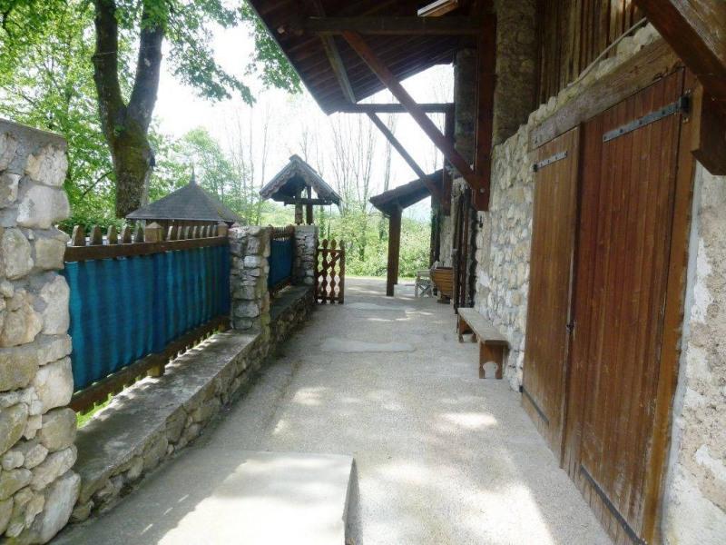 Vente maison / villa Saint-christophe-sur-guiers 252000€ - Photo 2
