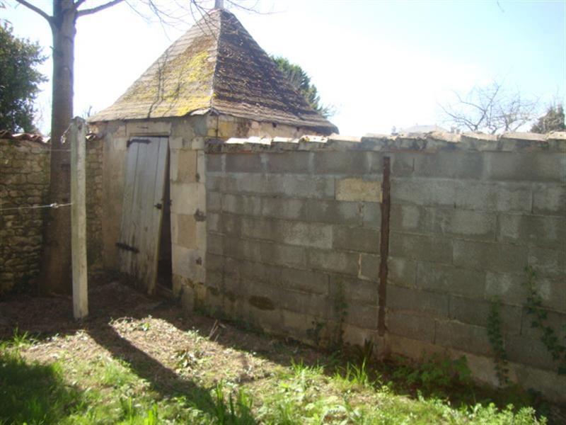 Sale house / villa Saint-jean-d'angély 106500€ - Picture 6