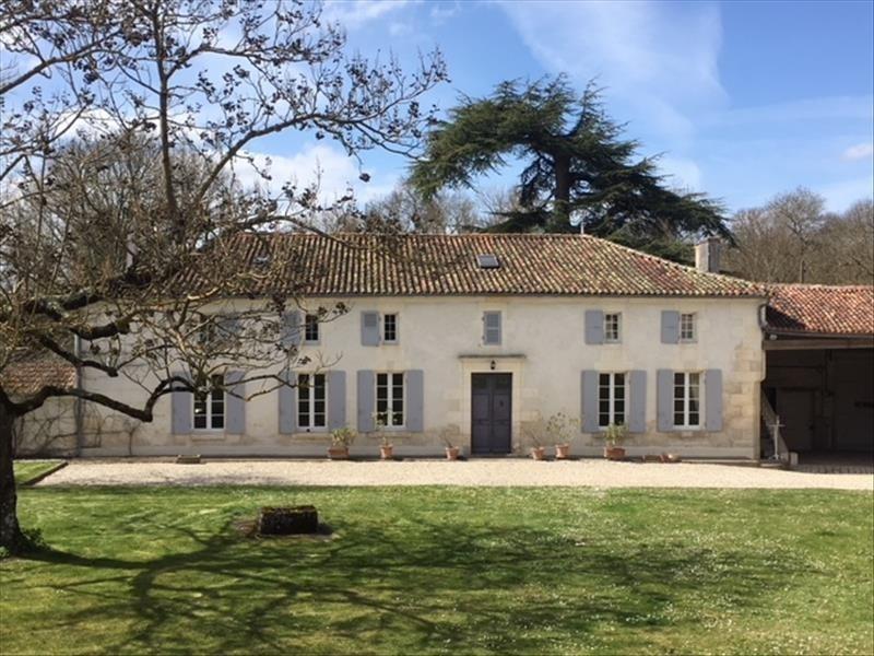 Deluxe sale house / villa Brives sur charente 577500€ - Picture 2