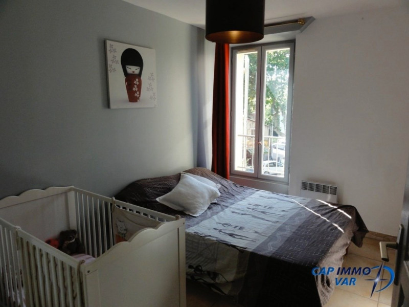 Sale apartment Le beausset 190 000€ - Picture 4
