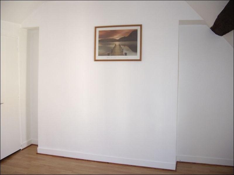 Rental apartment Montgeron 591€ CC - Picture 1