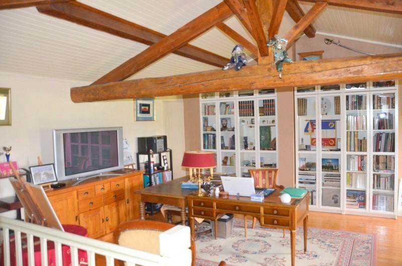 Vente maison / villa St andre de cubzac 378000€ - Photo 6
