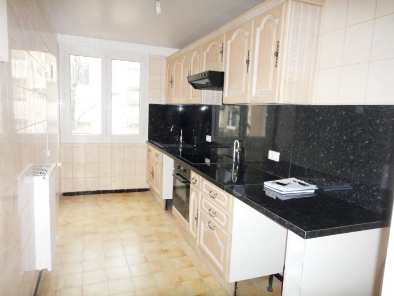 Location appartement Aix-en-provence 850€ CC - Photo 3