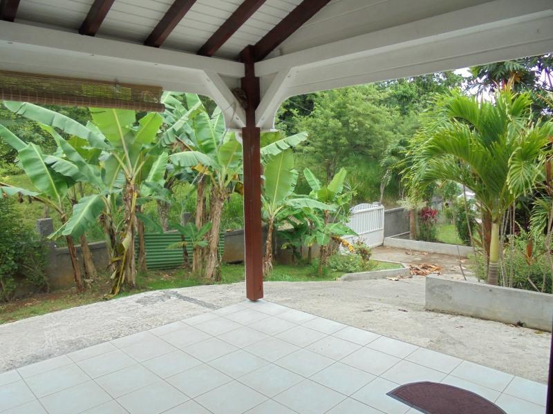 Rental house / villa Les abymes 750€ CC - Picture 9