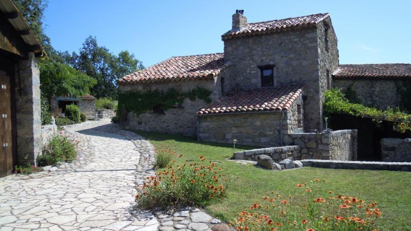 Venta de prestigio  casa Ceret 1349000€ - Fotografía 3
