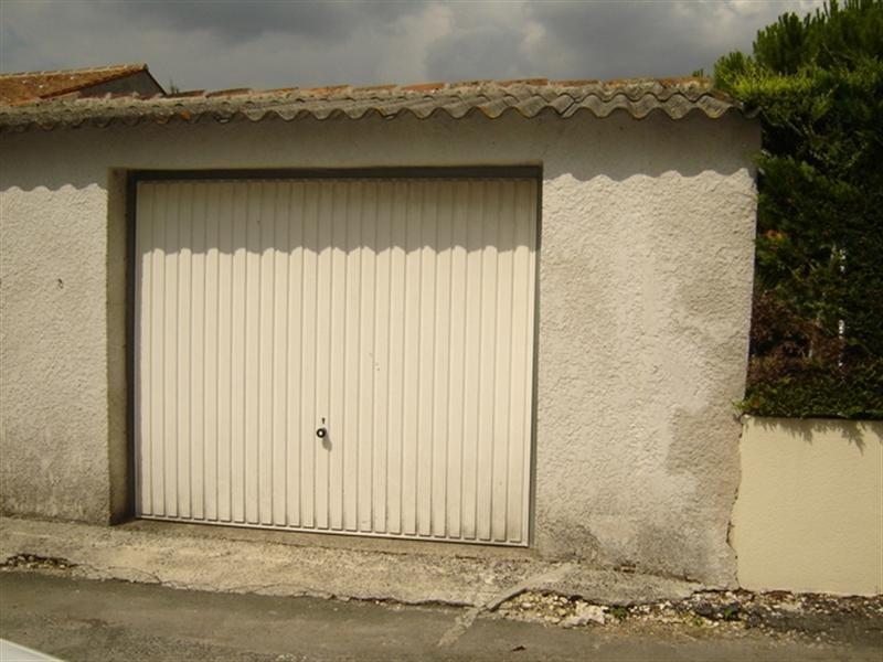 Sale house / villa Saint-jean-d'angély 106800€ - Picture 7