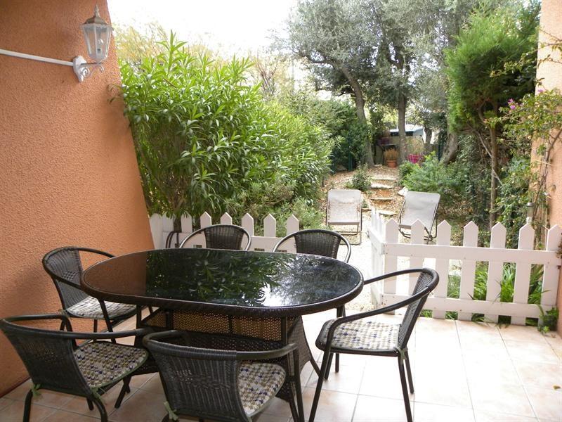 Location vacances appartement Bandol 340€ - Photo 3