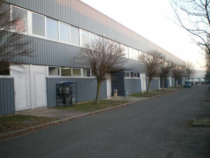 Location Local d'activités / Entrepôt Coignières 0