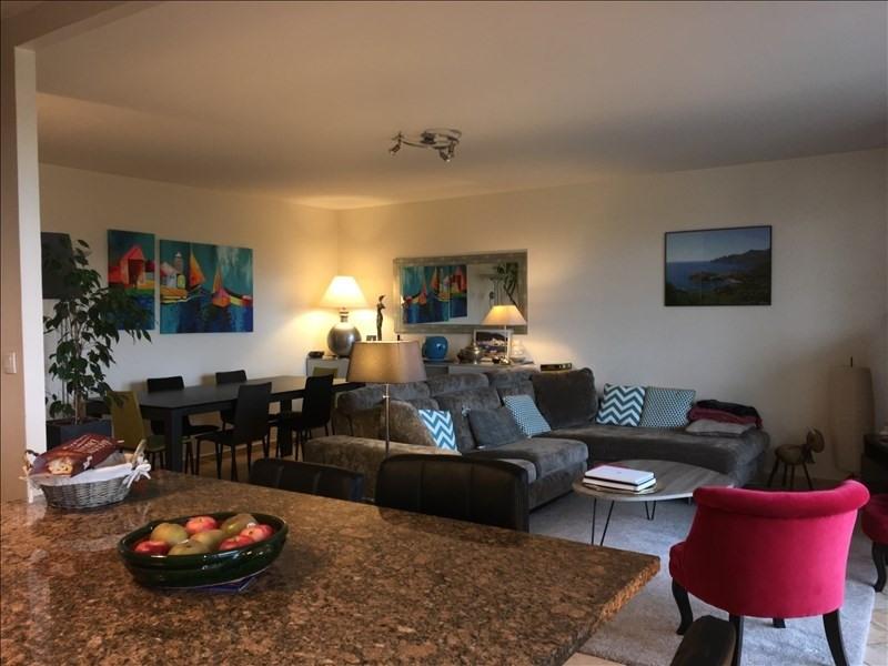 Sale apartment Charbonnieres les bains 445000€ - Picture 3