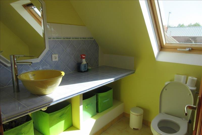 Sale house / villa Pont croix 177140€ - Picture 10