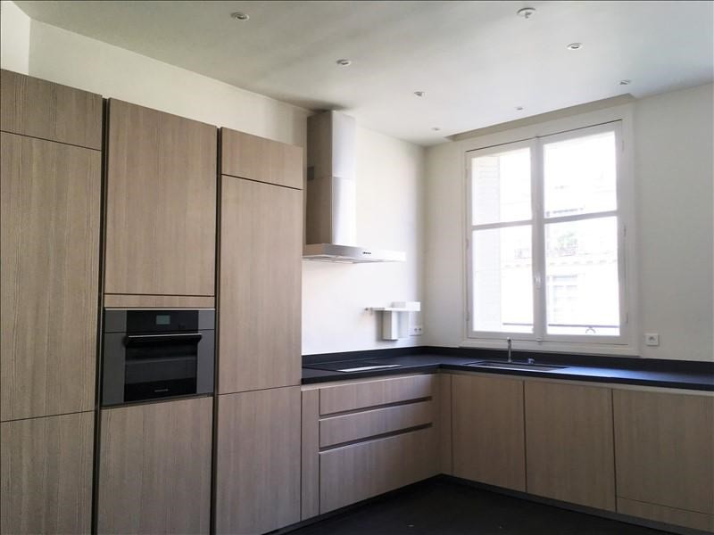 Locação apartamento Paris 7ème 5378€ CC - Fotografia 9