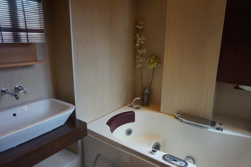 Location appartement Neuilly sur seine 2000€ CC - Photo 6