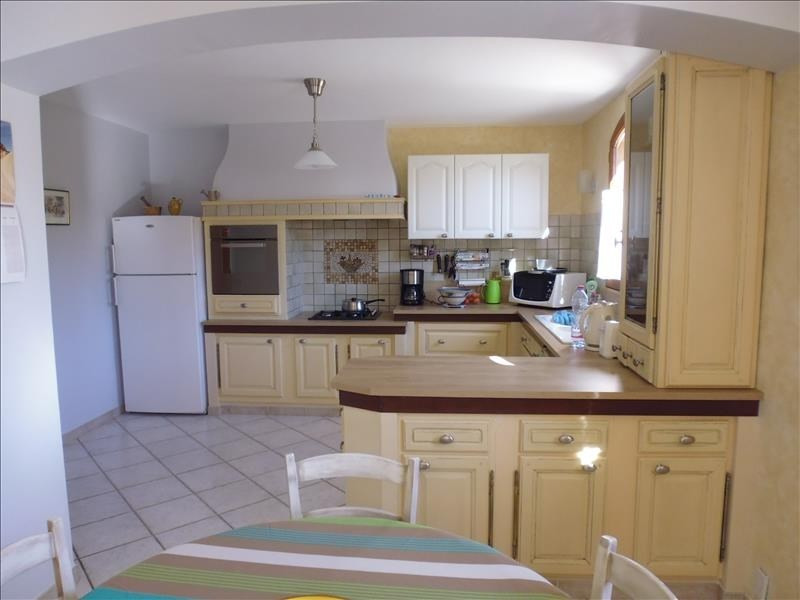 Vente maison / villa Pierrevert 449 350€ - Photo 4