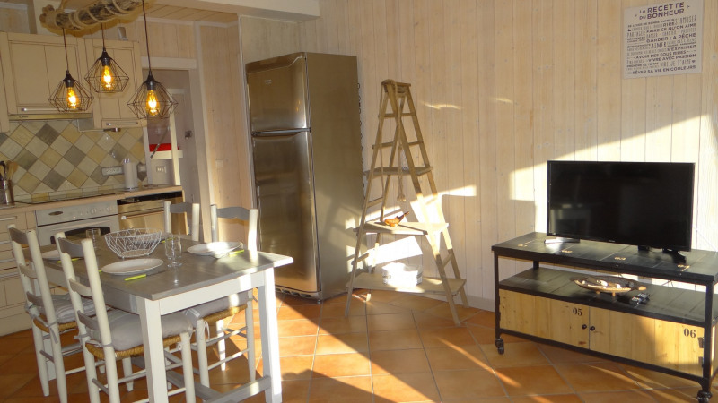 Vacation rental apartment Cavalaire sur mer 500€ - Picture 5