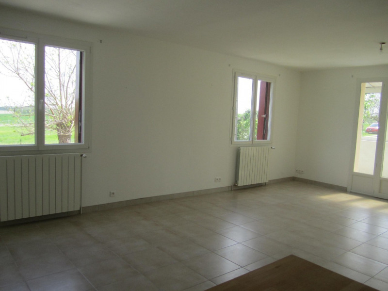 Sale house / villa Barbezieux-saint-hilaire 162750€ - Picture 5