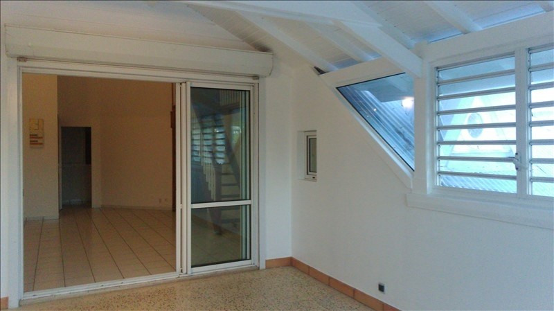 Sale apartment St francois 182 000€ - Picture 2