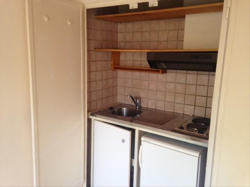 Rental apartment Aix en provence 470€ CC - Picture 2