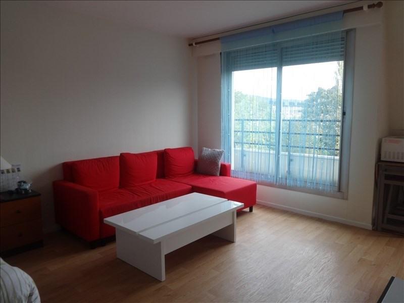Rental apartment Vernon 437€ CC - Picture 1
