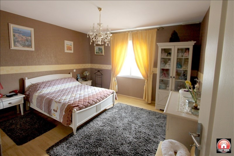 Sale house / villa Bergerac 380000€ - Picture 6