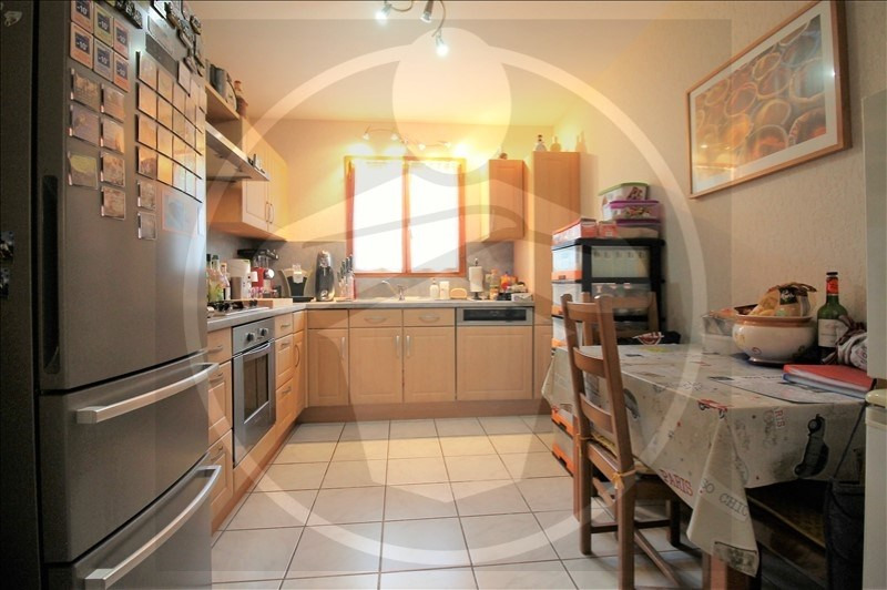 Sale house / villa Cremieu 270000€ - Picture 3