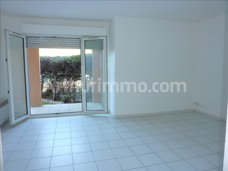 Rental apartment Frejus 595€ CC - Picture 1
