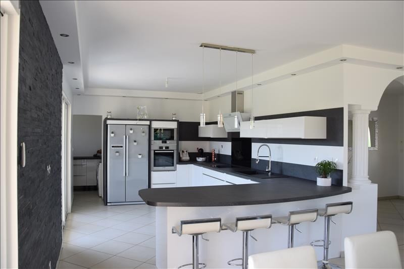 Sale house / villa Arnas 439000€ - Picture 8