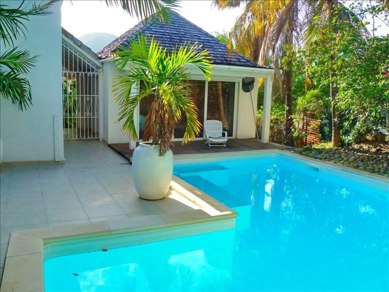 Deluxe sale house / villa St martin 690000€ - Picture 2
