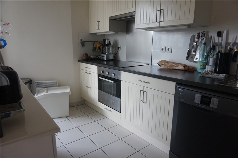 Location appartement Asnieres sur seine 1428€ CC - Photo 2