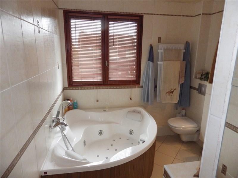 Vente maison / villa St genis les ollieres 399900€ - Photo 7