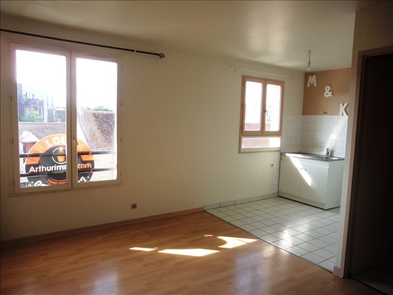 Rental apartment Combs la ville 510€ CC - Picture 1