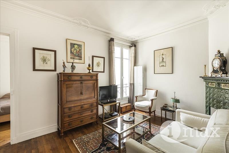 Sale apartment Levallois 360000€ - Picture 2
