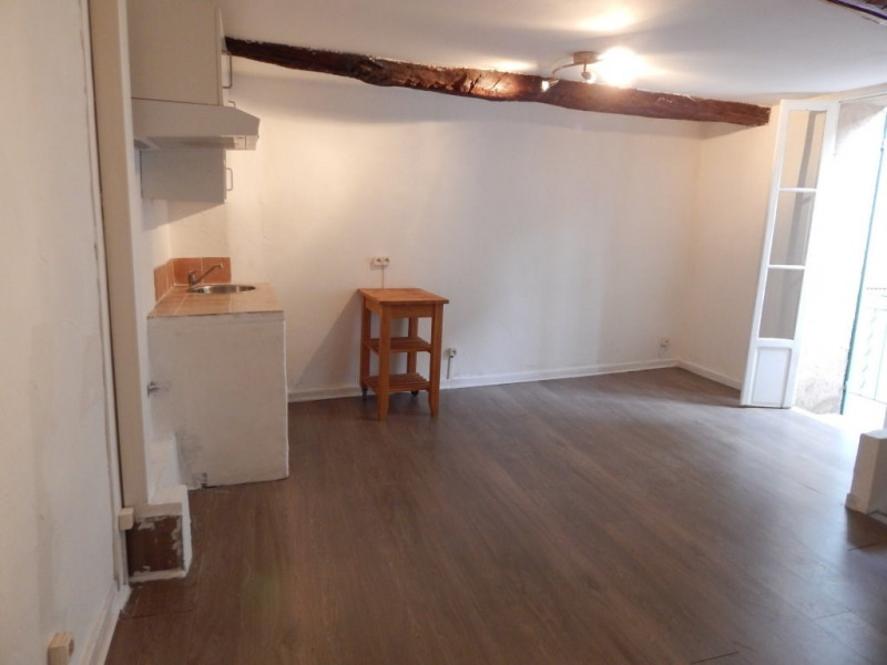 Location maison / villa Entrecasteaux 500€ CC - Photo 1