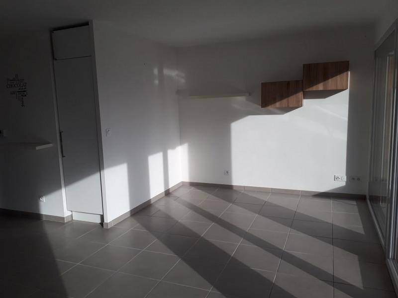 Location appartement Sillingy 772€ CC - Photo 6