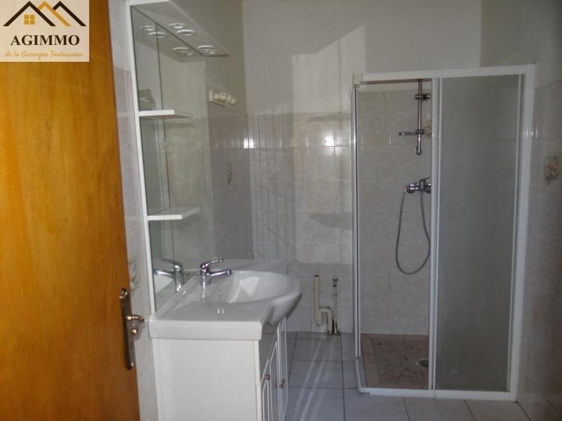 Sale house / villa L isle jourdain 100000€ - Picture 3