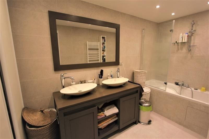 Sale apartment Paris 3ème 970 000€ - Picture 8