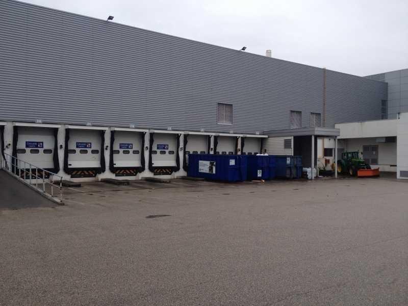 Location Local d'activités / Entrepôt Vaulx-Milieu 0