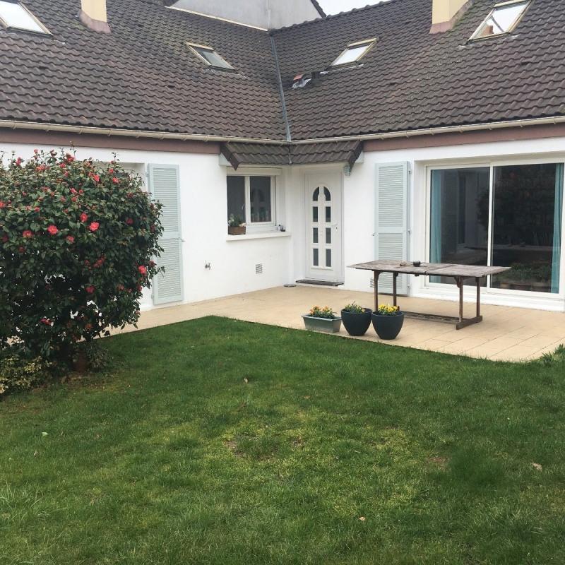 Sale house / villa Rambouillet 375000€ - Picture 1