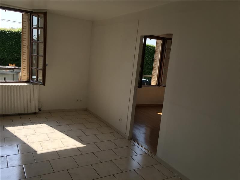Location appartement Claye souilly 750€ CC - Photo 6
