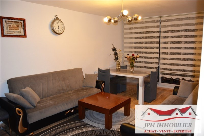 Deluxe sale apartment Cluses 136000€ - Picture 1