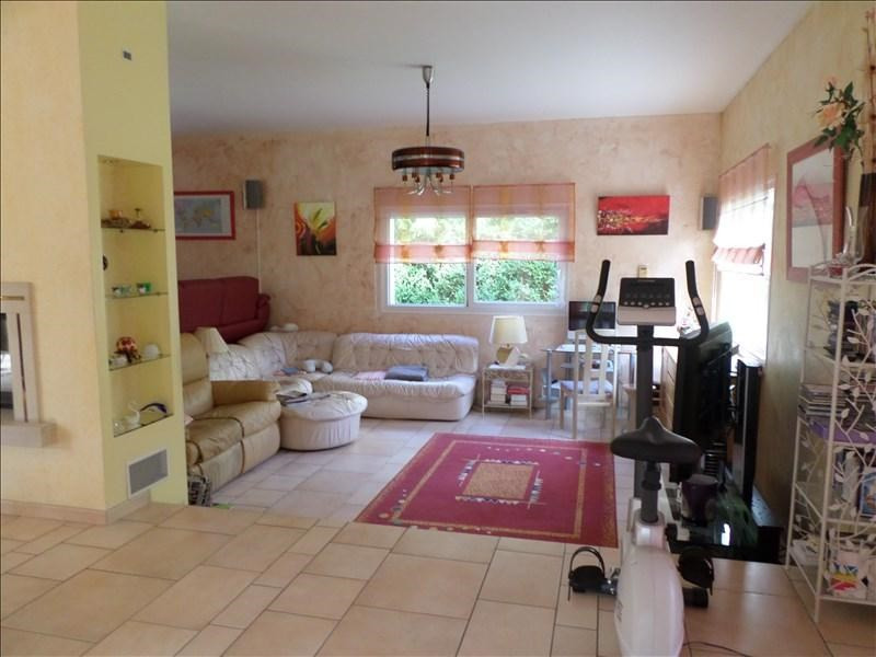 Sale house / villa Thoirette 398 000€ - Picture 3