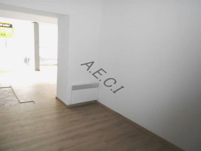 Rental shop Asnieres sur seine 1180€ CC - Picture 2