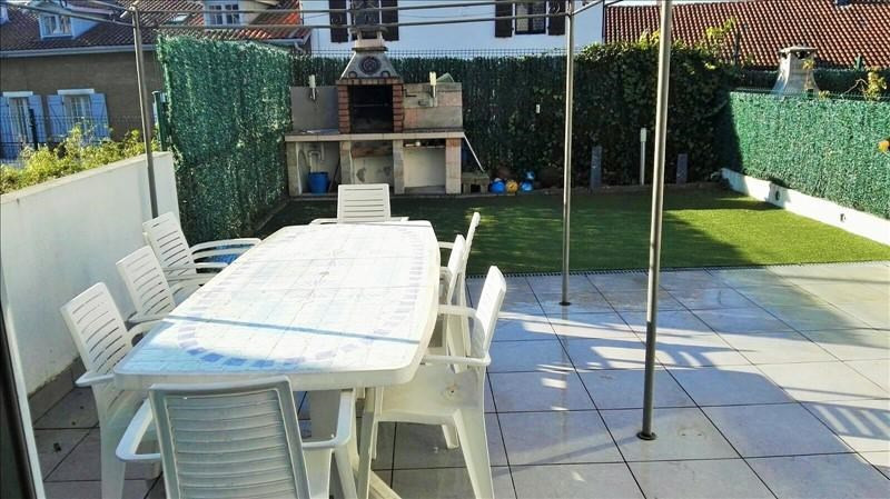 Sale house / villa Behobie 290000€ - Picture 1