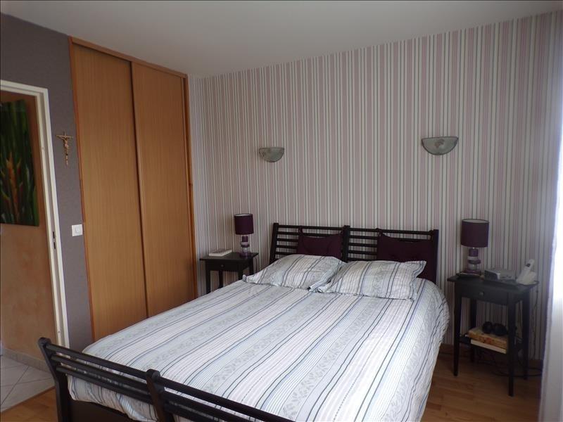 Sale house / villa St germain sur morin 336000€ - Picture 4