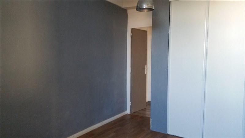 Rental apartment Bouc bel air 850€ CC - Picture 3
