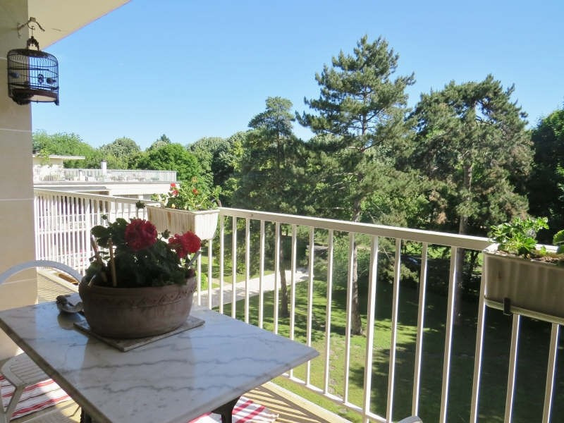 Sale apartment Maisons-laffitte 740 000€ - Picture 2