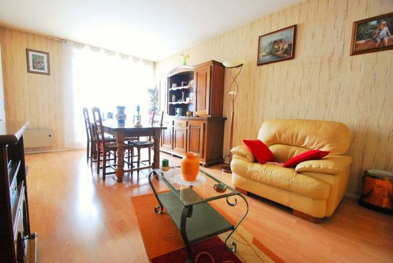 Sale apartment Bezons 218000€ - Picture 2